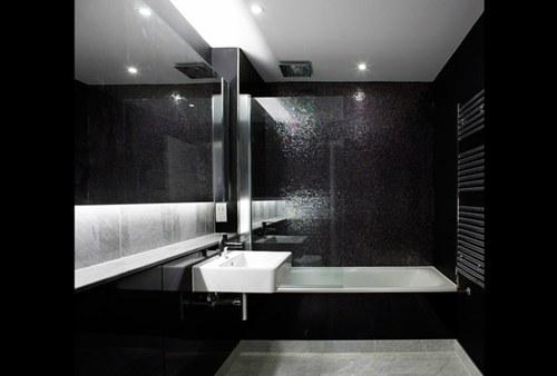 black bathroom wohnideen minimalisti rehabitat interiores. Black Bedroom Furniture Sets. Home Design Ideas